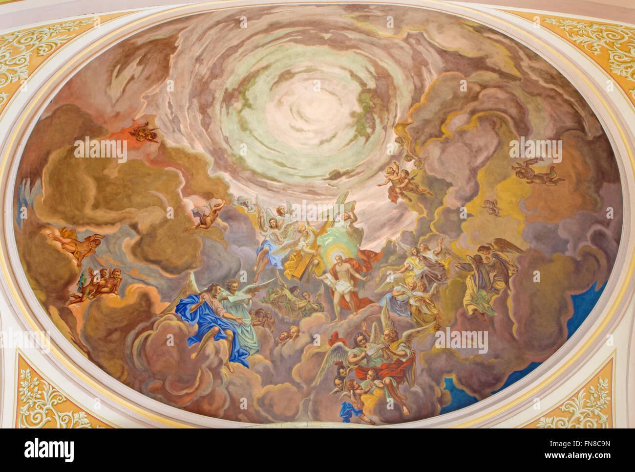 BANSKA Stiavnica, Slovaquie - 5 février, 2015: La fresque du Christ dans la gloire du ciel scène Photo Stock