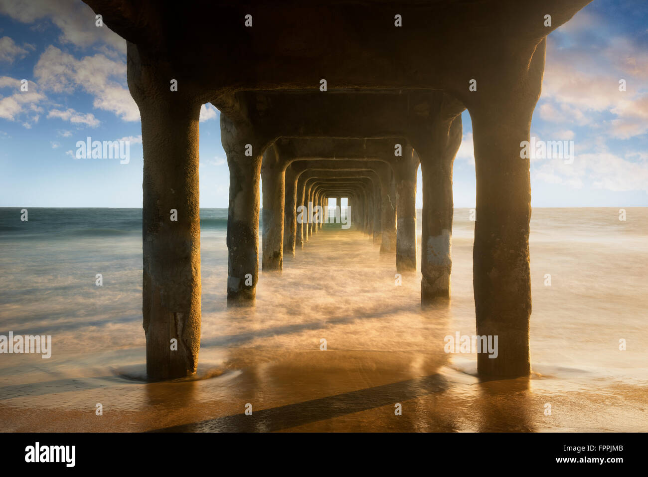 Manhattan Beach Pier au coucher du soleil. Manhattan Beach, Californie Photo Stock