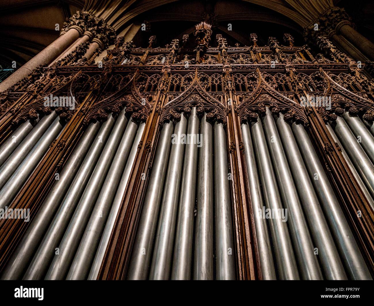 Tuyaux d'orgue à la Cathédrale Saint-Patrick, New York City, USA. Photo Stock