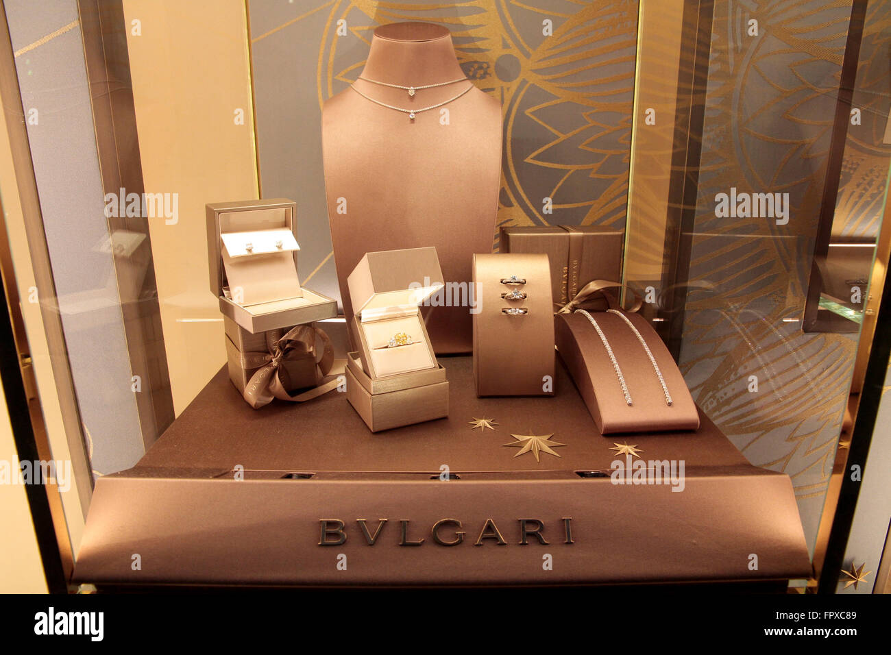 ae244deac50 Italian Brand Of Jewelery Photos   Italian Brand Of Jewelery Images ...