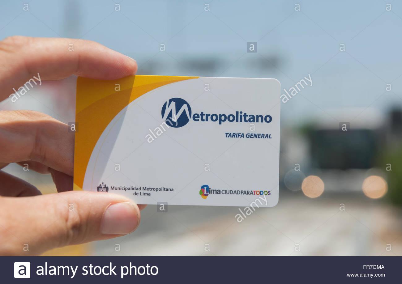 Lima Pérou - service de bus Metropolitano travel pass. Photo Stock