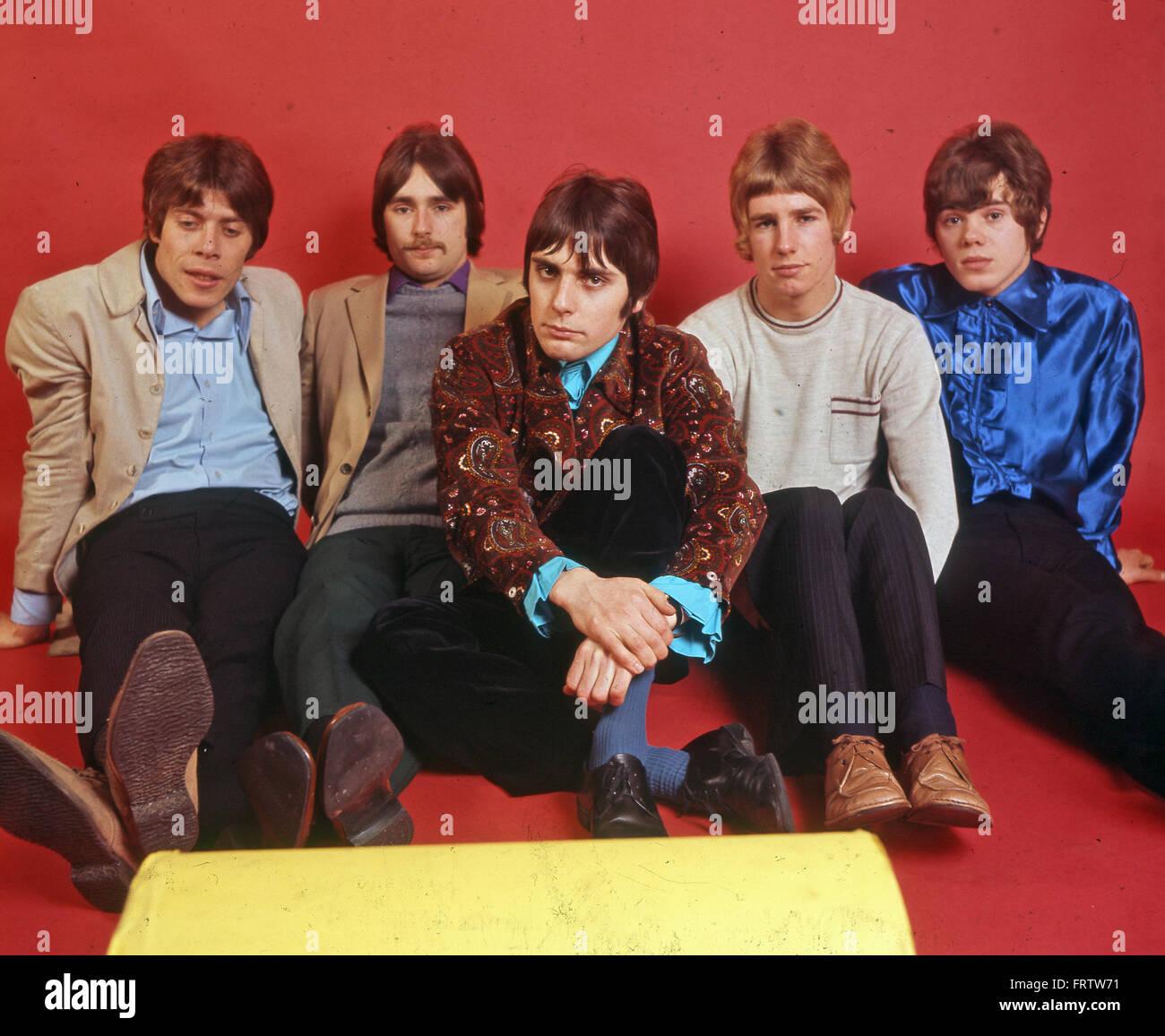 STATUS QUO UK groupe de rock en 1968. De gauche à droite: Roy Lynes, Francis Rossi, John Coghlan, Rick Parfitt, Alan Lancaster. Photo Tony Gale Banque D'Images