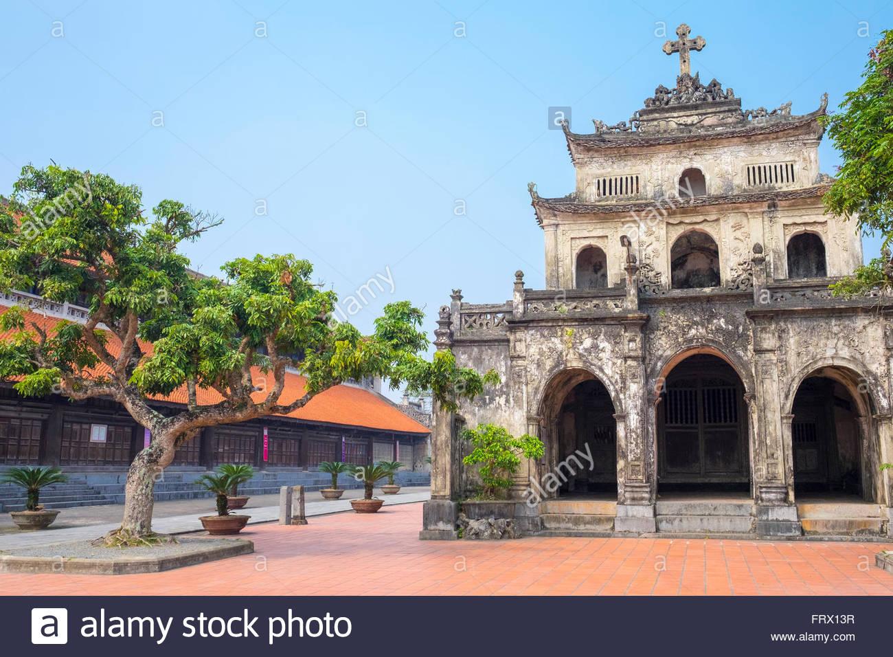 Chapelle Saint Roch à la Cathédrale de Phat Diem, Phat Diem, province de Ninh Binh, Vietnam Photo Stock