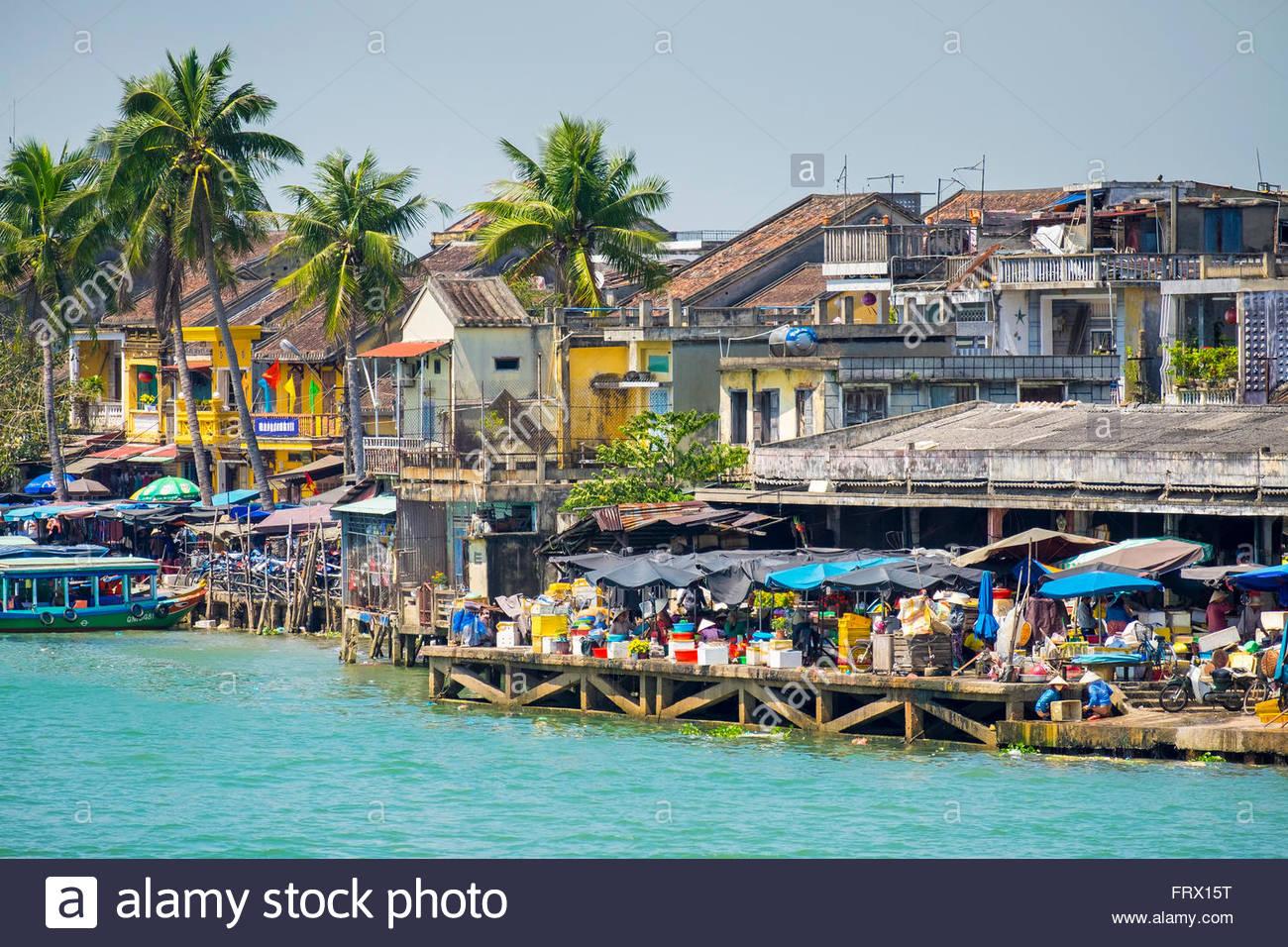 Ville de Hoi An sur la rivière Thu Bon, Province de Quang Nam, Vietnam Photo Stock