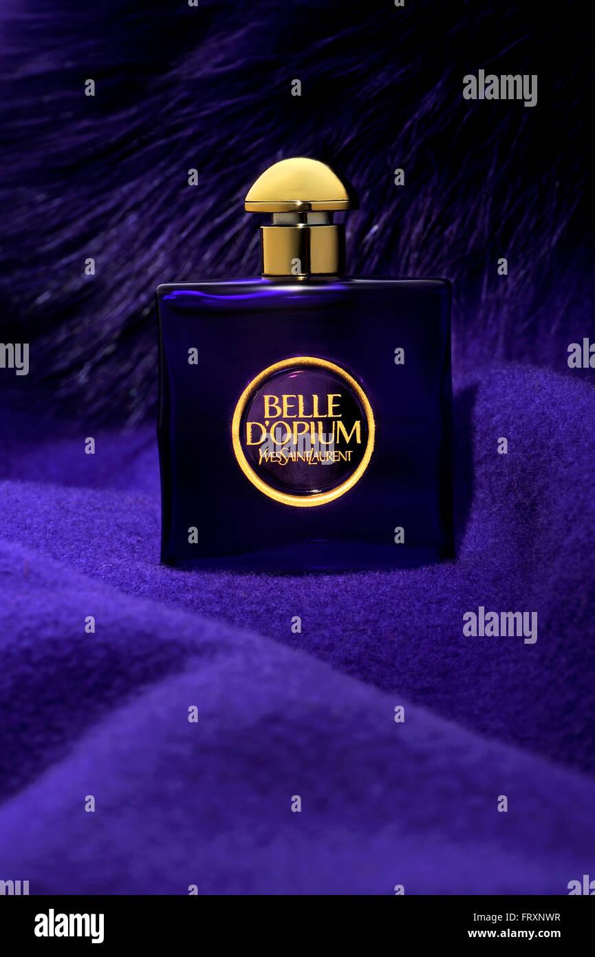 D'opium Parfum LaurentParfumBelle Yves Saint Womens Bouteille EH2ID9