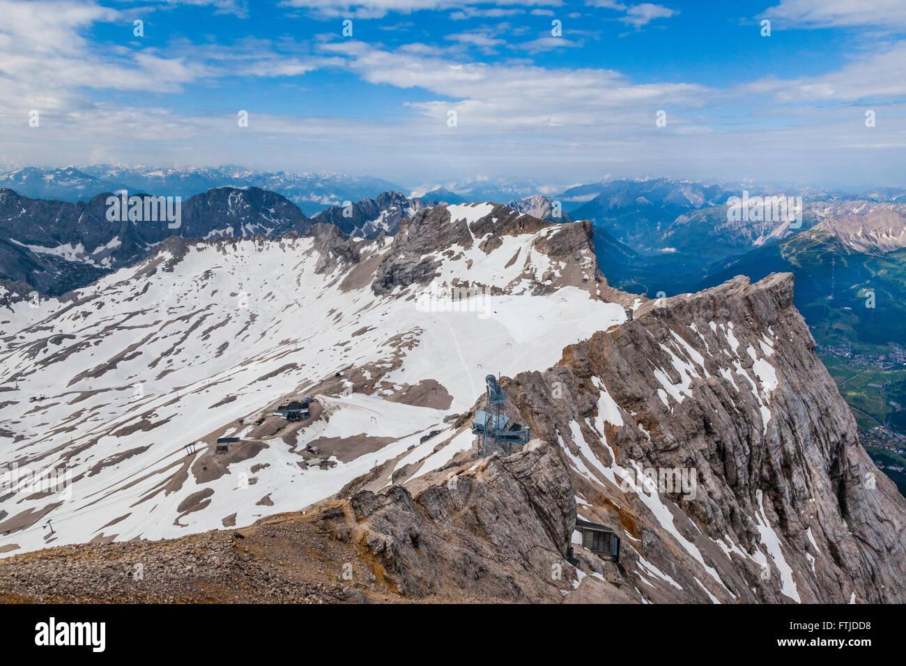 Zugspitzeck Zugspitzplatt et, le sommet de la Zugspitze, Alpes bavaroises, du Wetterstein, Bavière, Allemagne Photo Stock