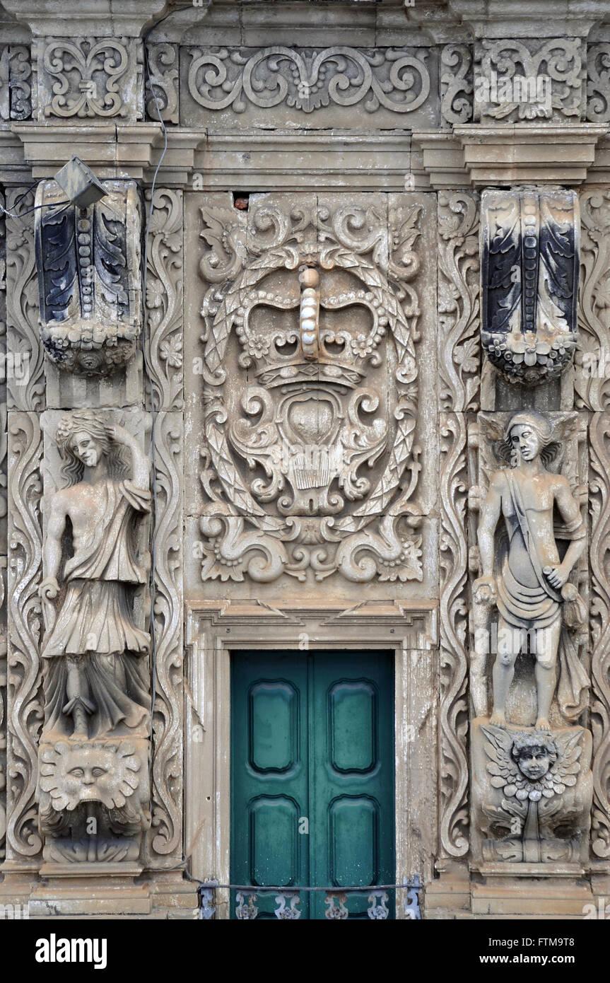 Détail de la partie supérieure de la façade de l'Église du Tiers Ordre de Saint François Photo Stock