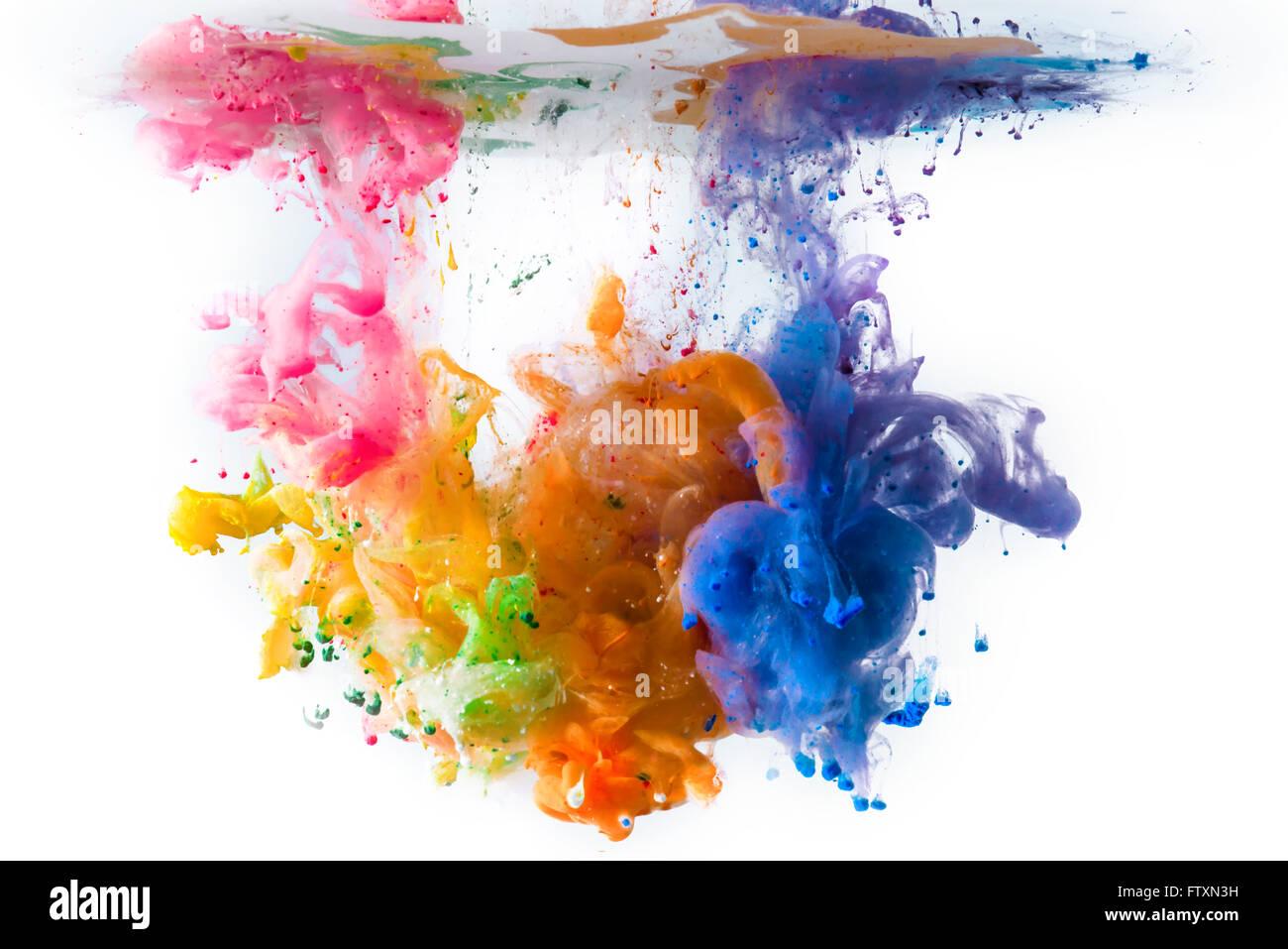 Multi-couleur peinture acrylique dissolvant dans l'eau Photo Stock