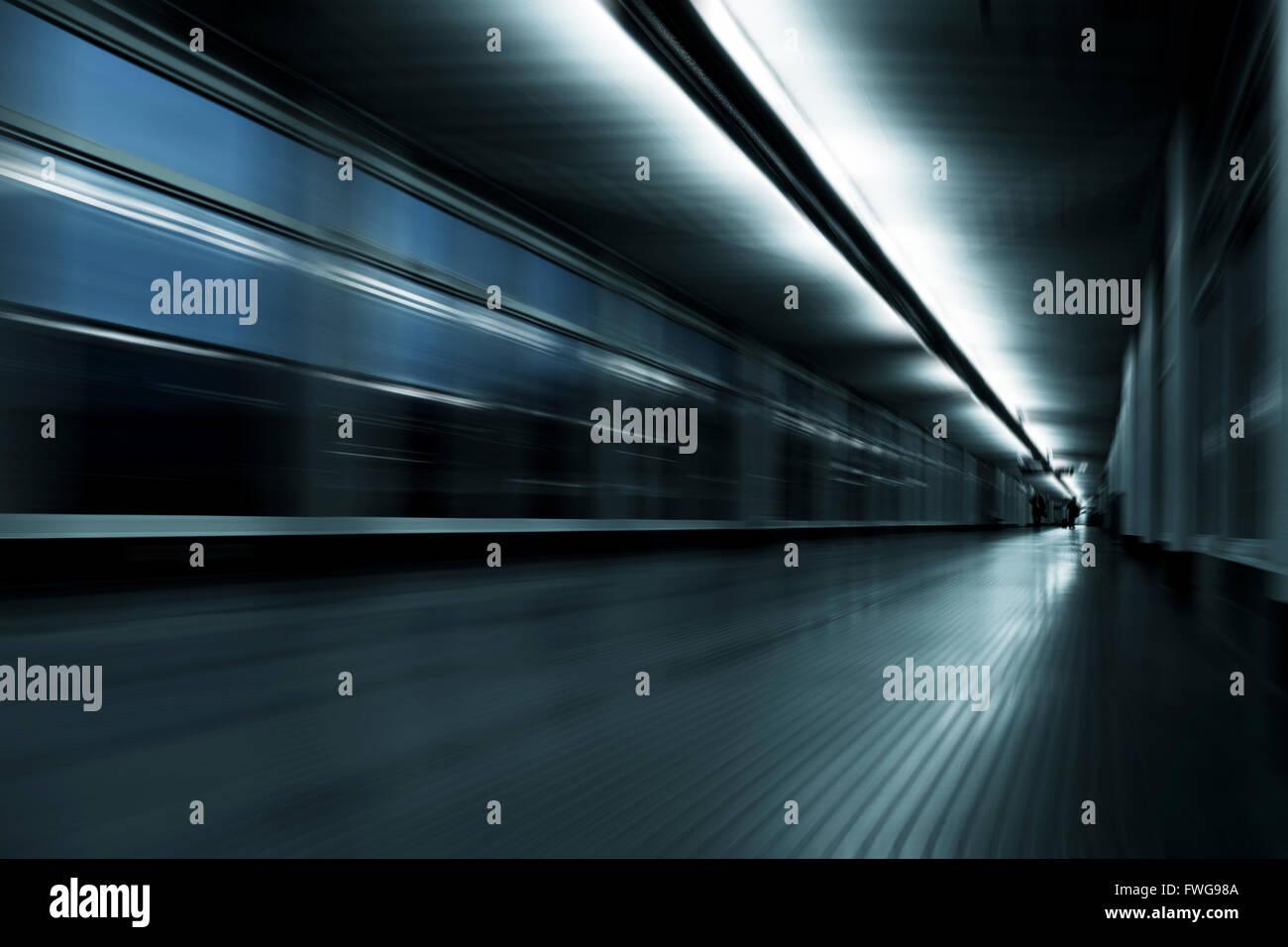 Abstract couloir avec effet de flou. Photo Stock