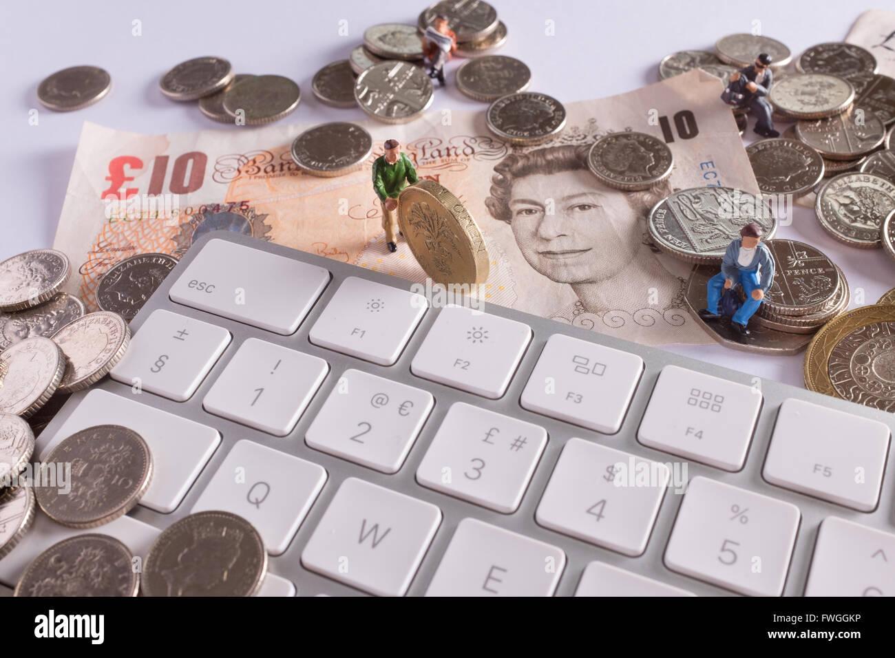 Image concept crowdfunding montrant comment les gens peuvent venir ensemble pour mobiliser des fonds à l'aide Photo Stock