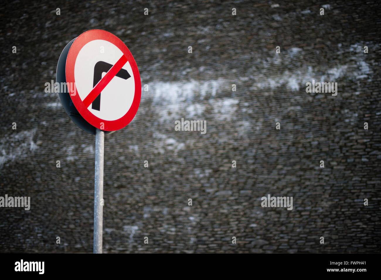 Un virage à droite aucun panneau routier UK Photo Stock