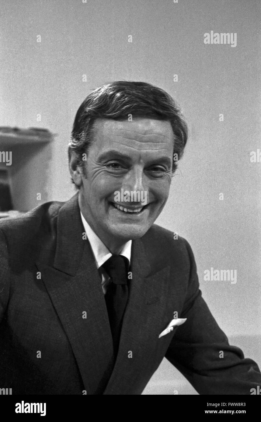 Suivez-moi!, Englisch-Kurs mit Francis Matthews, Großbritannien 1970 er Jahre. Banque D'Images