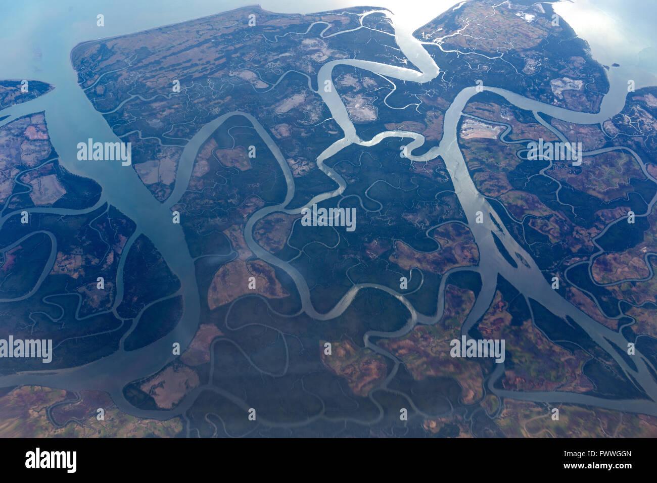 Vue aérienne, de l'Irrawaddy River delta, Golfe de Martaban, estuaire de la mer d'Andaman, le Myanmar Photo Stock