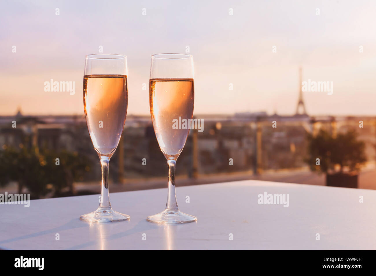 champagne eiffel tower photos champagne eiffel tower images alamy. Black Bedroom Furniture Sets. Home Design Ideas