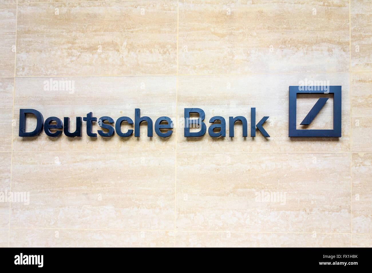 Signe de la Deutsche Bank, Londres, UK Photo Stock