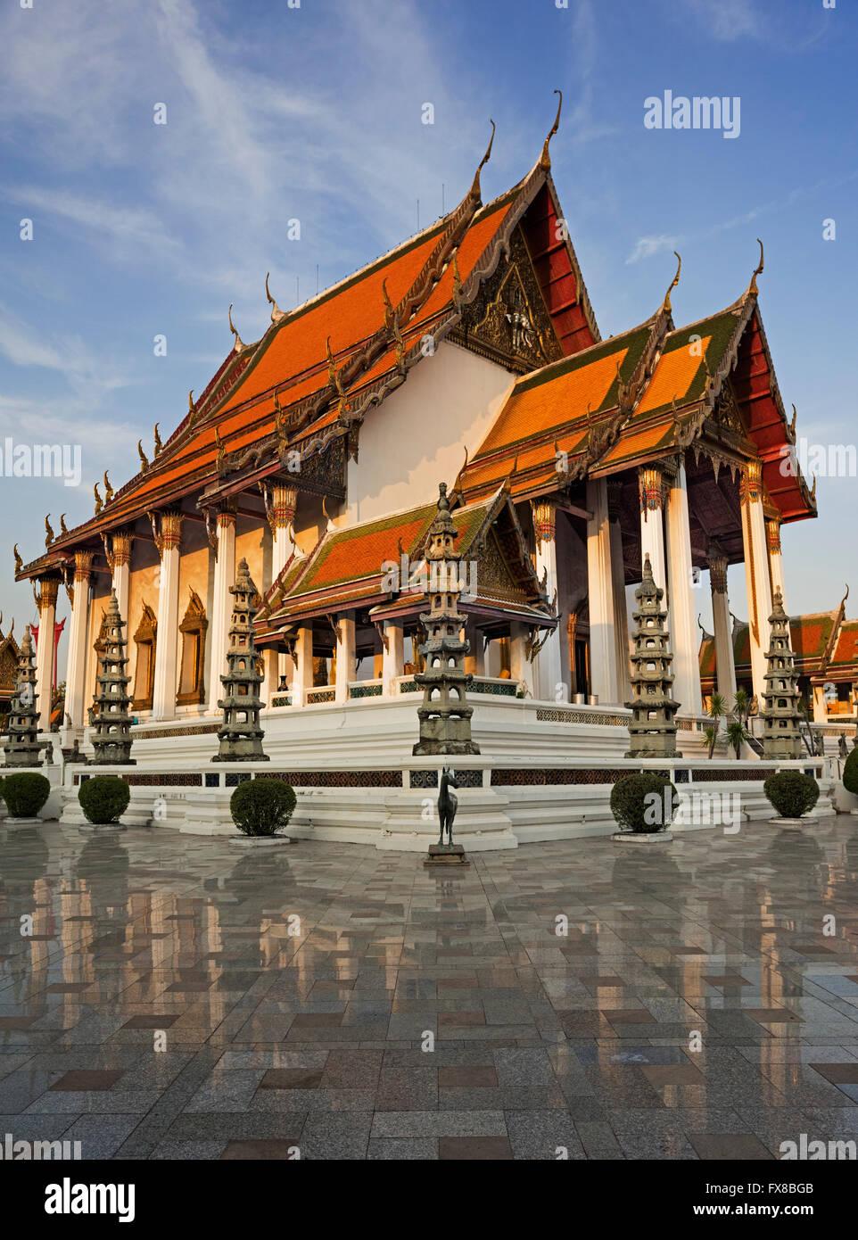 Wat Suthat à Bangkok en Thaïlande Photo Stock