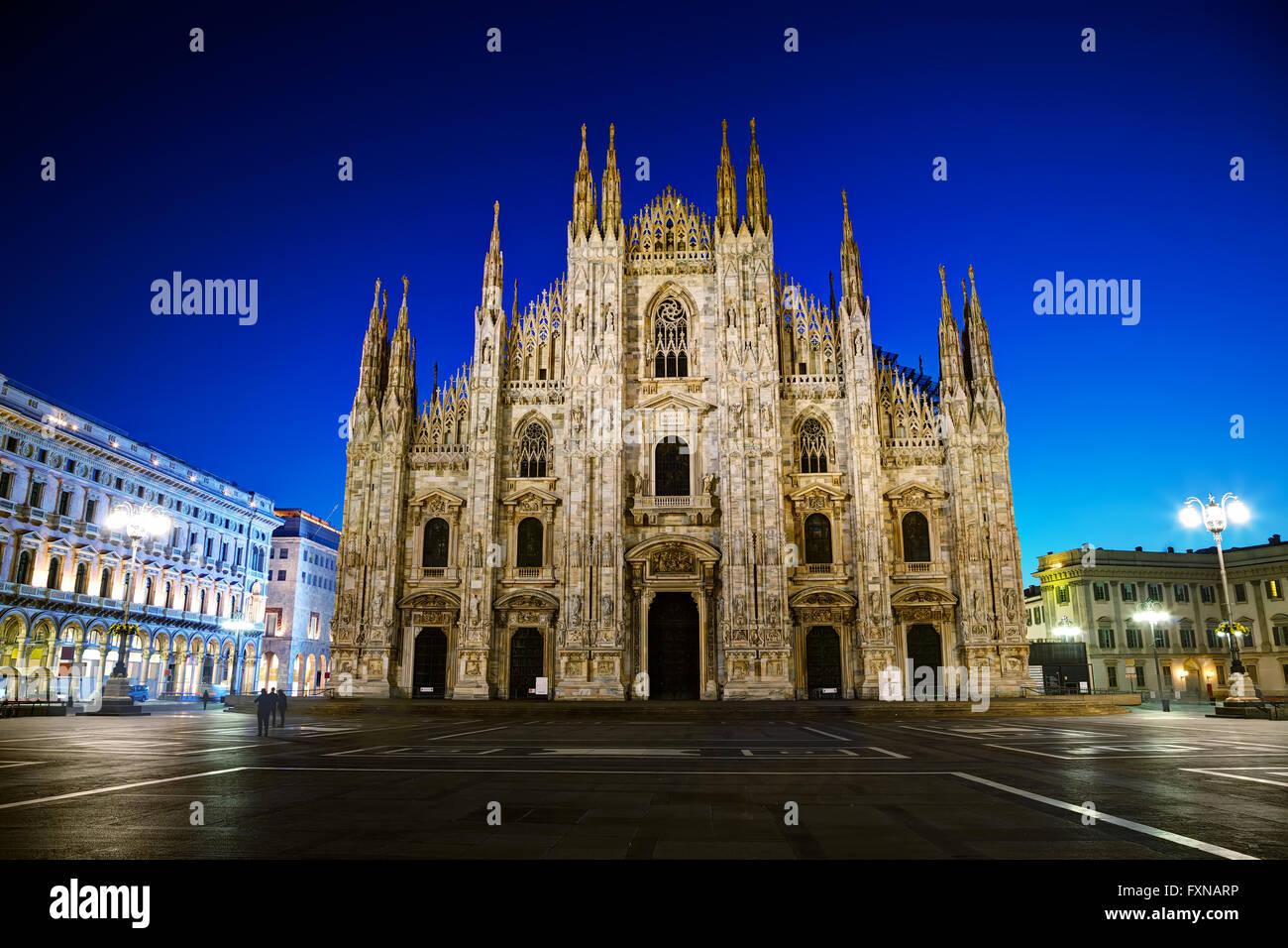La Cathédrale de Duomo tôt le matin à Milan, Italie. Photo Stock