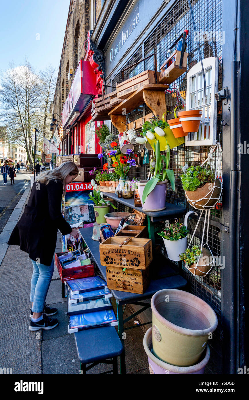 Boutiques dans Columbia Road, Tower Hamlets, London, England Photo Stock