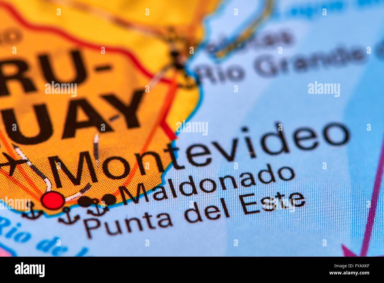 Montevideo, capitale de l'Uruguay sur la carte du monde Photo Stock
