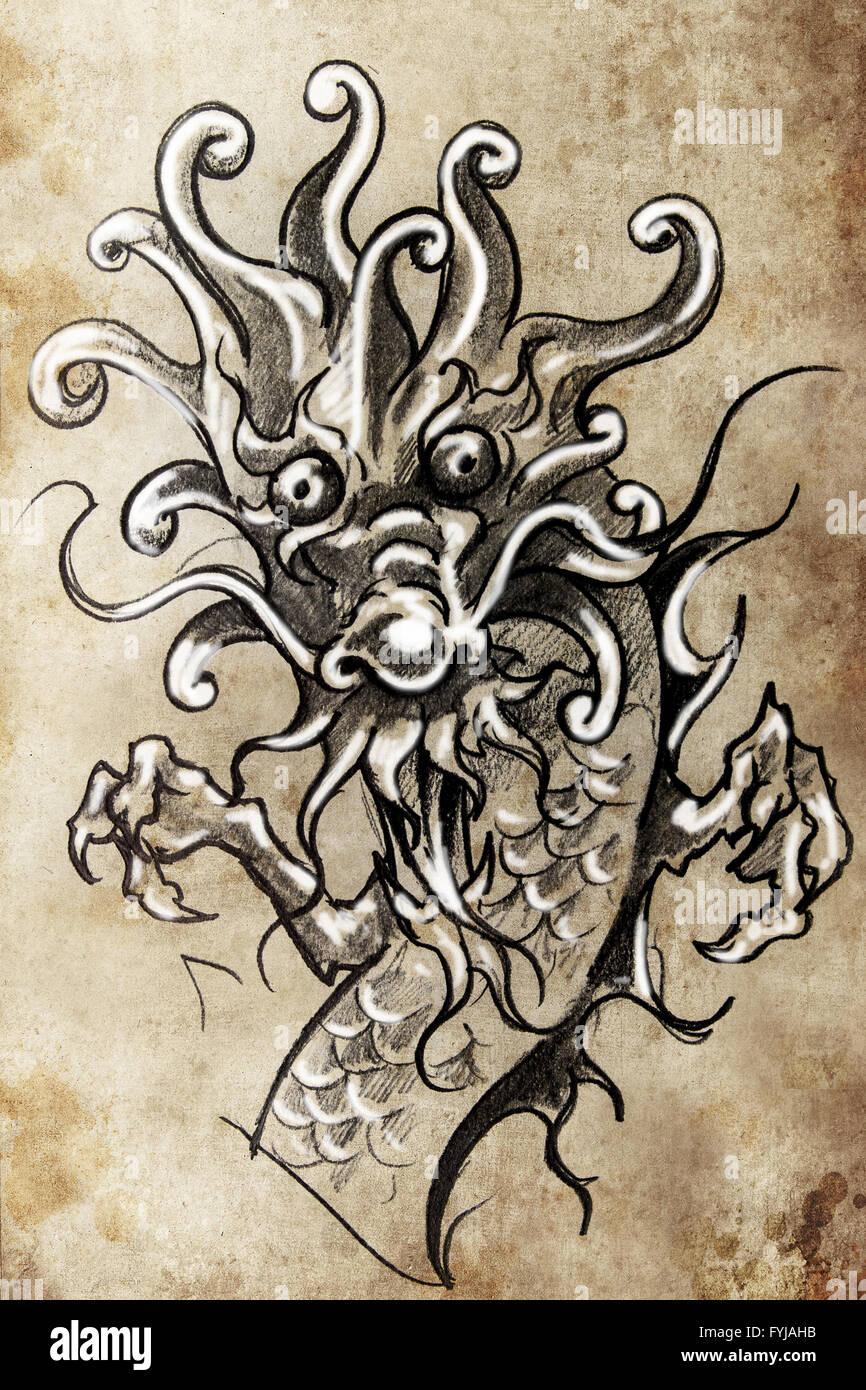 Dragon tattoo japonais croquis dessin la main sur papier vintage banque d 39 images photo - Dragon japonais dessin ...