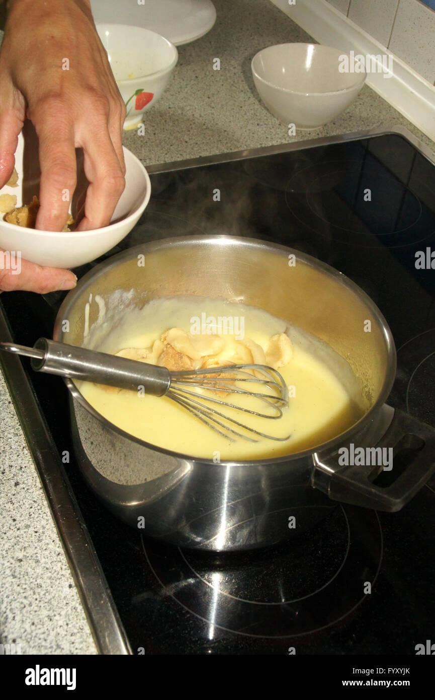 Gâteau aux poires au four Photo Stock