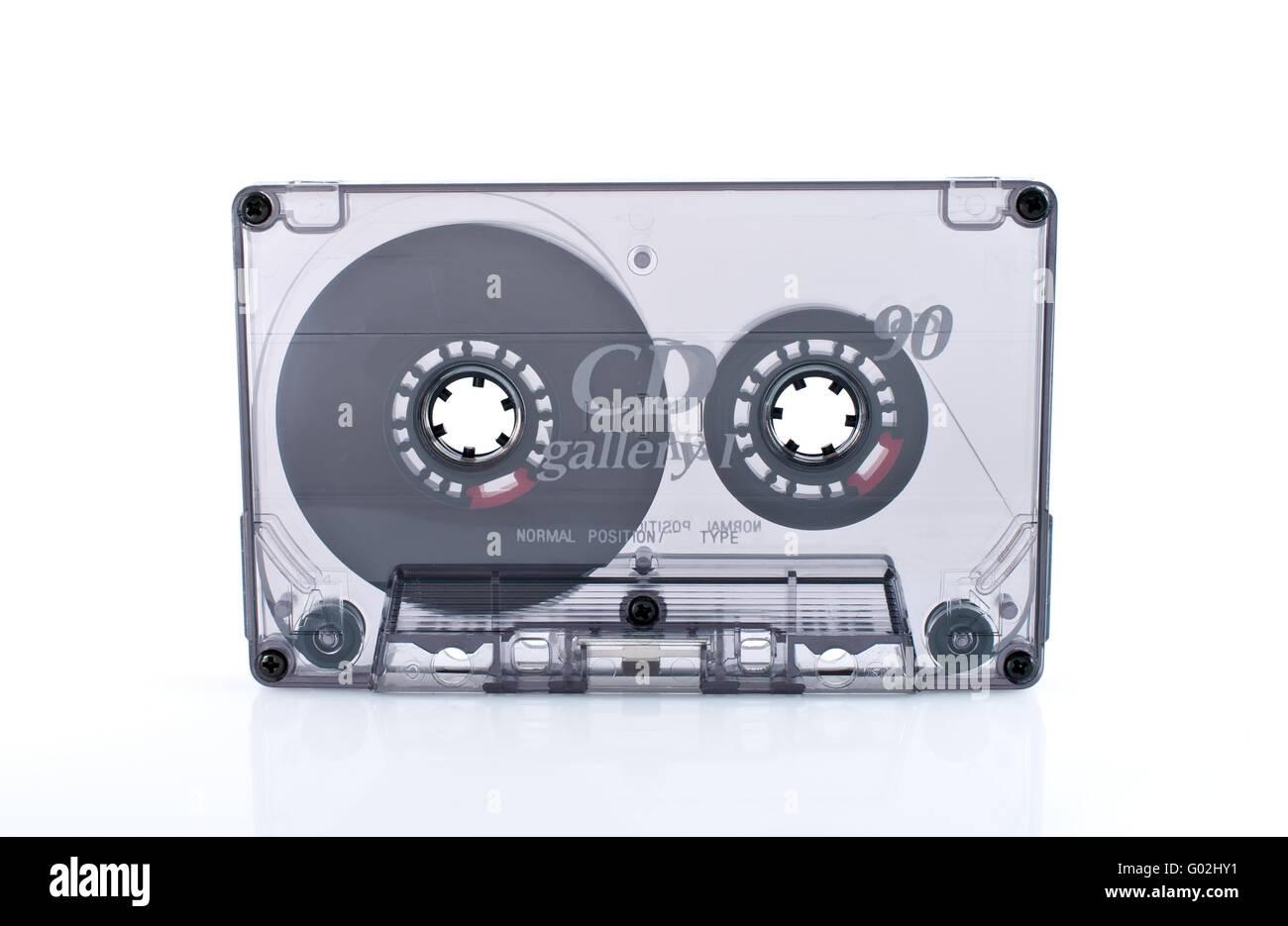 Vieille cassette isolé sur fond blanc Photo Stock