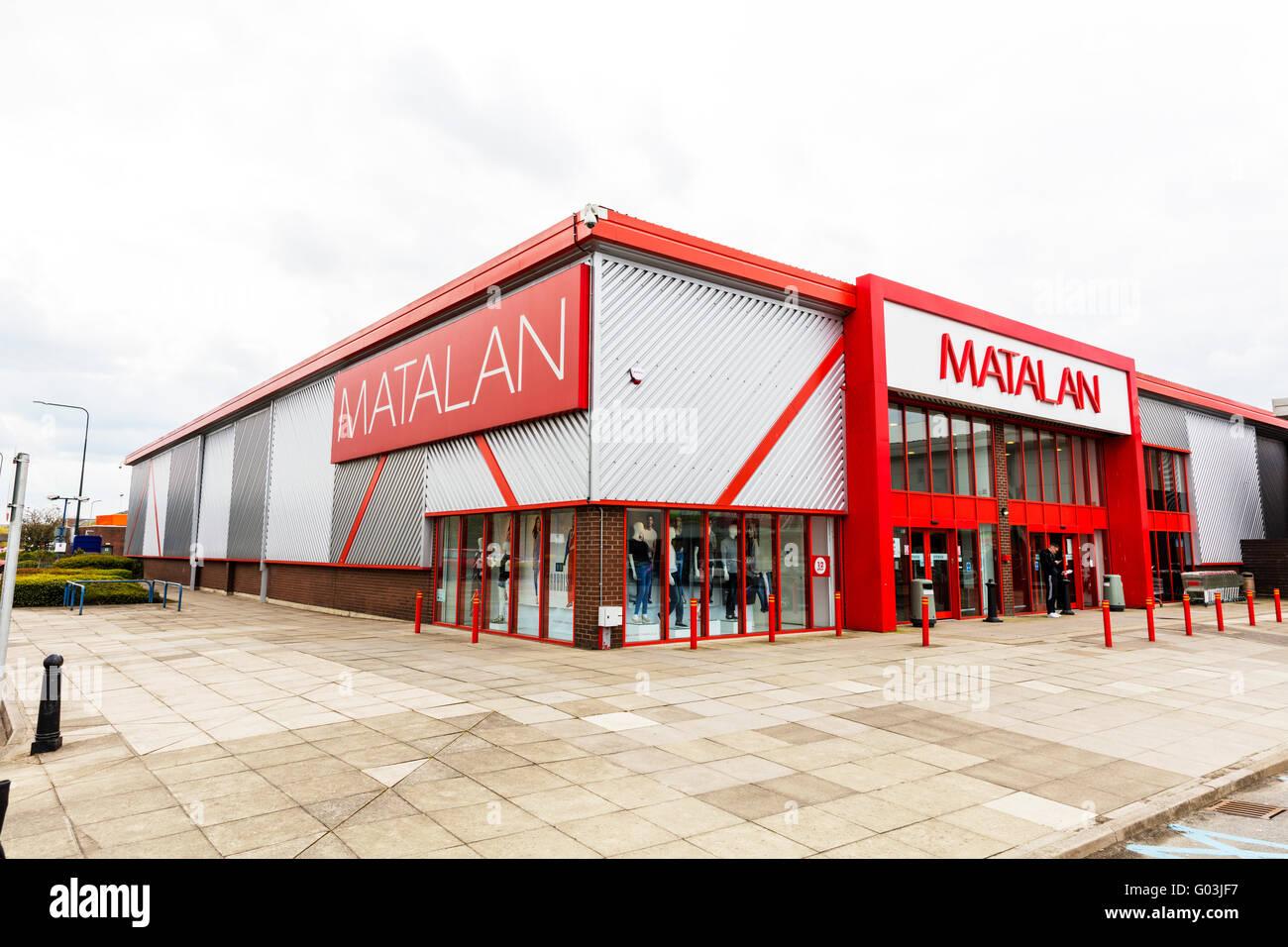 Matalan détaillant la boutique sign nom store logo extérieur UK Angleterre articles ménagers Magasins Photo Stock