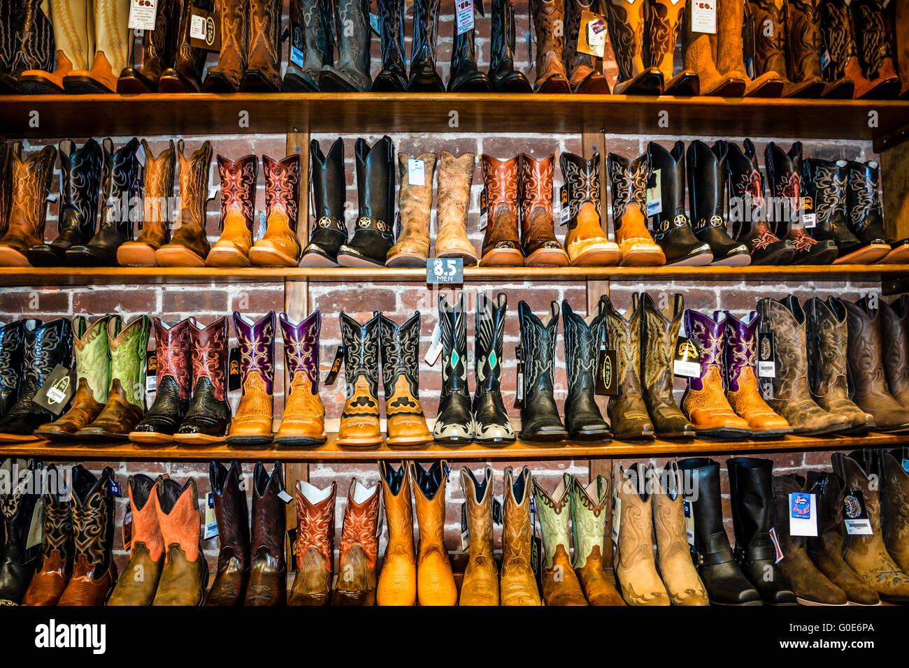 uk store hot new products latest discount Le magasin a Nashville Cowboy boot rangées de bottes de ...