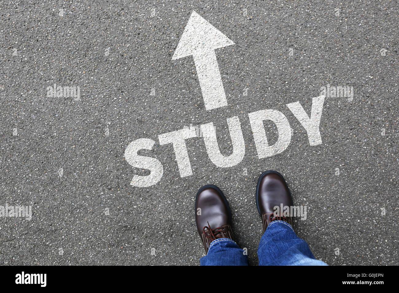 Étudiant de l'étude de l'université des étudiants de l'enseignement des études Photo Stock