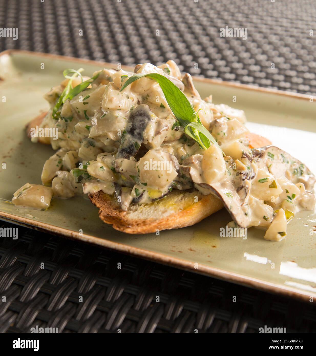 L'artichaut et champignons shitake fricasse Banque D'Images