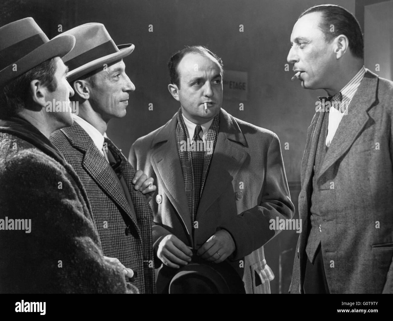 Paul Demange, Raymond Bussières, Bernard Blier et Louis Jouvet / Quai des Orfèvres / 1947 réalisé par Henri-Georges Banque D'Images