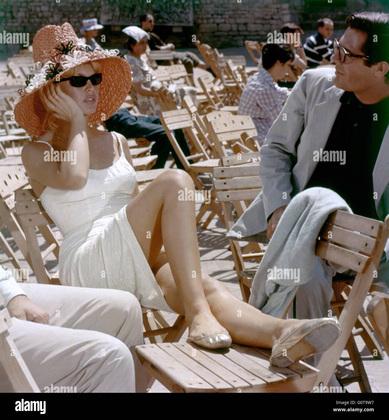 Brigitte Bardot et Marcello Mastroianni / une affaire privée / 1961 réalisé par Louis Malle ( Pathé / Metro-Goldwyn Banque D'Images