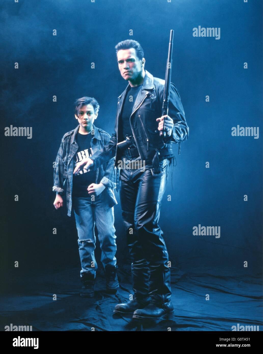 Arnold Schwarzenegger et Edward Furlong / Terminator 2: Judgement Day / 1991 réalisé par James Cameron (Carolco Banque D'Images