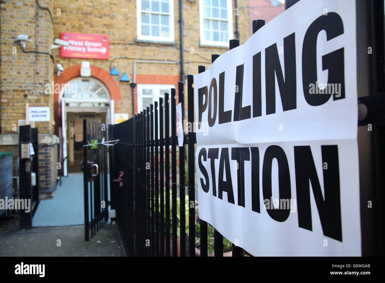 Le nord de londres royaume uni. 5e mai 2016. bureau de vote affiche