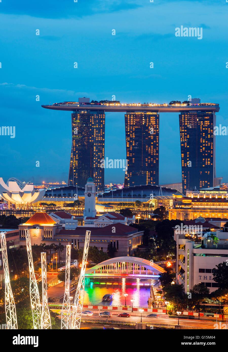 Clarke Quay et Marina Bay Sands Hotel and Casino, à Singapour, en Asie du Sud-Est, l'Asie Photo Stock