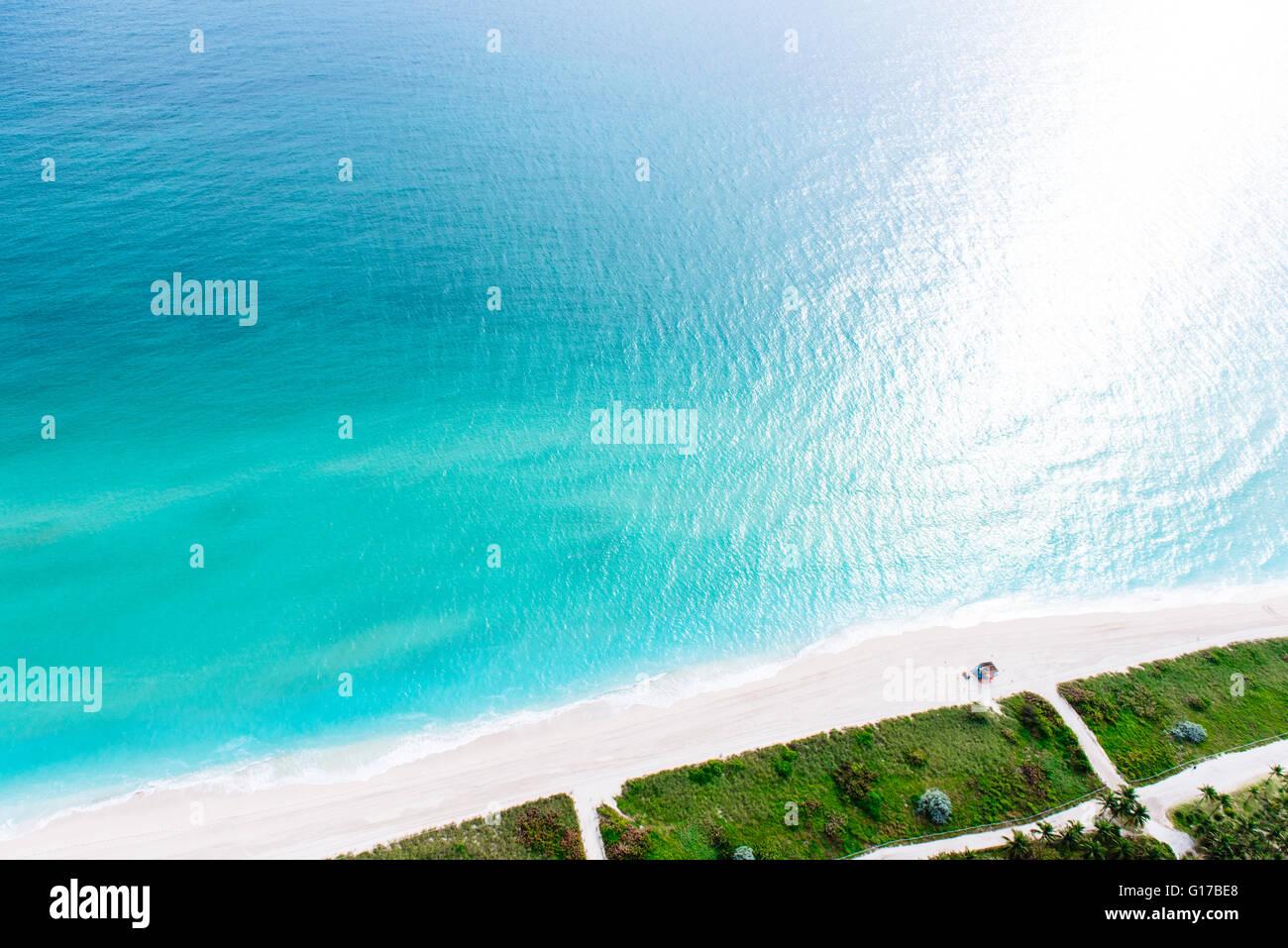 Vue aérienne de l'océan et le littoral, Miami, Floride, USA Photo Stock