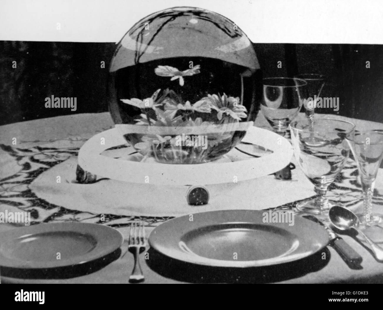 Concept pour l'éclairage de la table au moyen d'une bande d'architecture ronde qui peut être Photo Stock