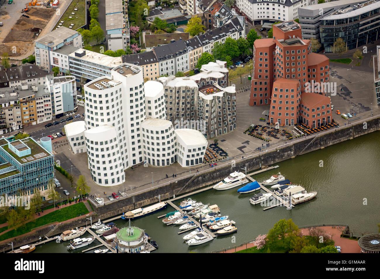 Vue aérienne, usage éditorial uniquement, bâtiments Gehry dans le Media Harbour Dusseldorf, architecture Photo Stock