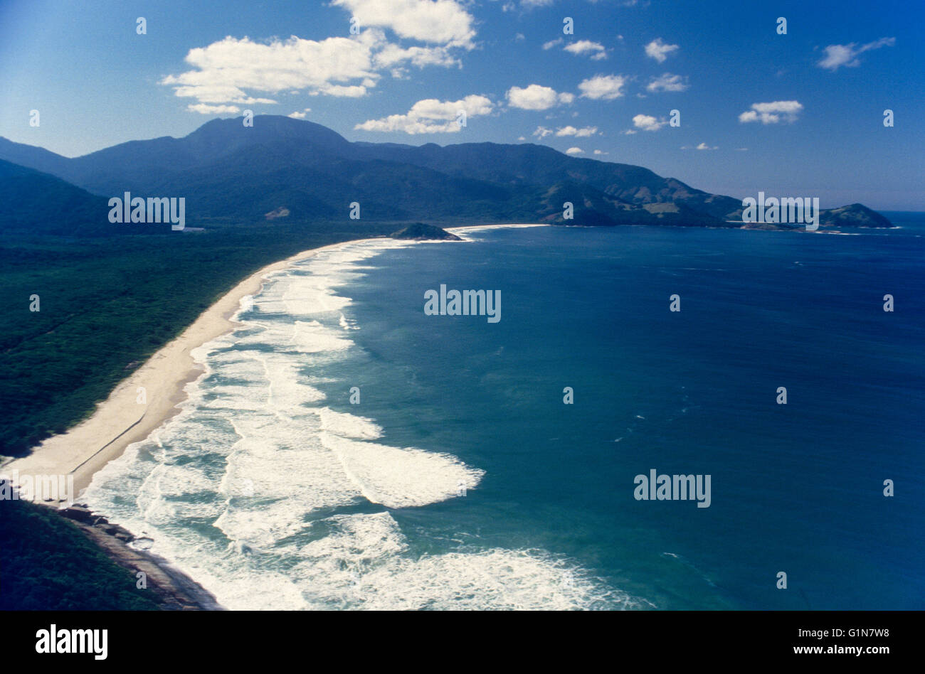 Reserva Biologica Estadual da Praia do Sul ( Praia do Sul ) dans la Réserve Biologique de Ilha Grande ( Big Photo Stock