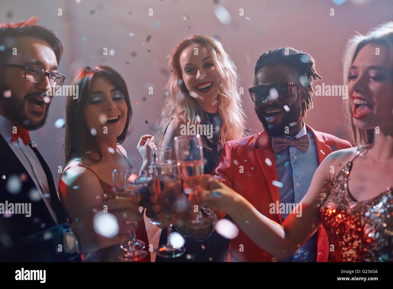 Trinquer avec champagne Photo Stock