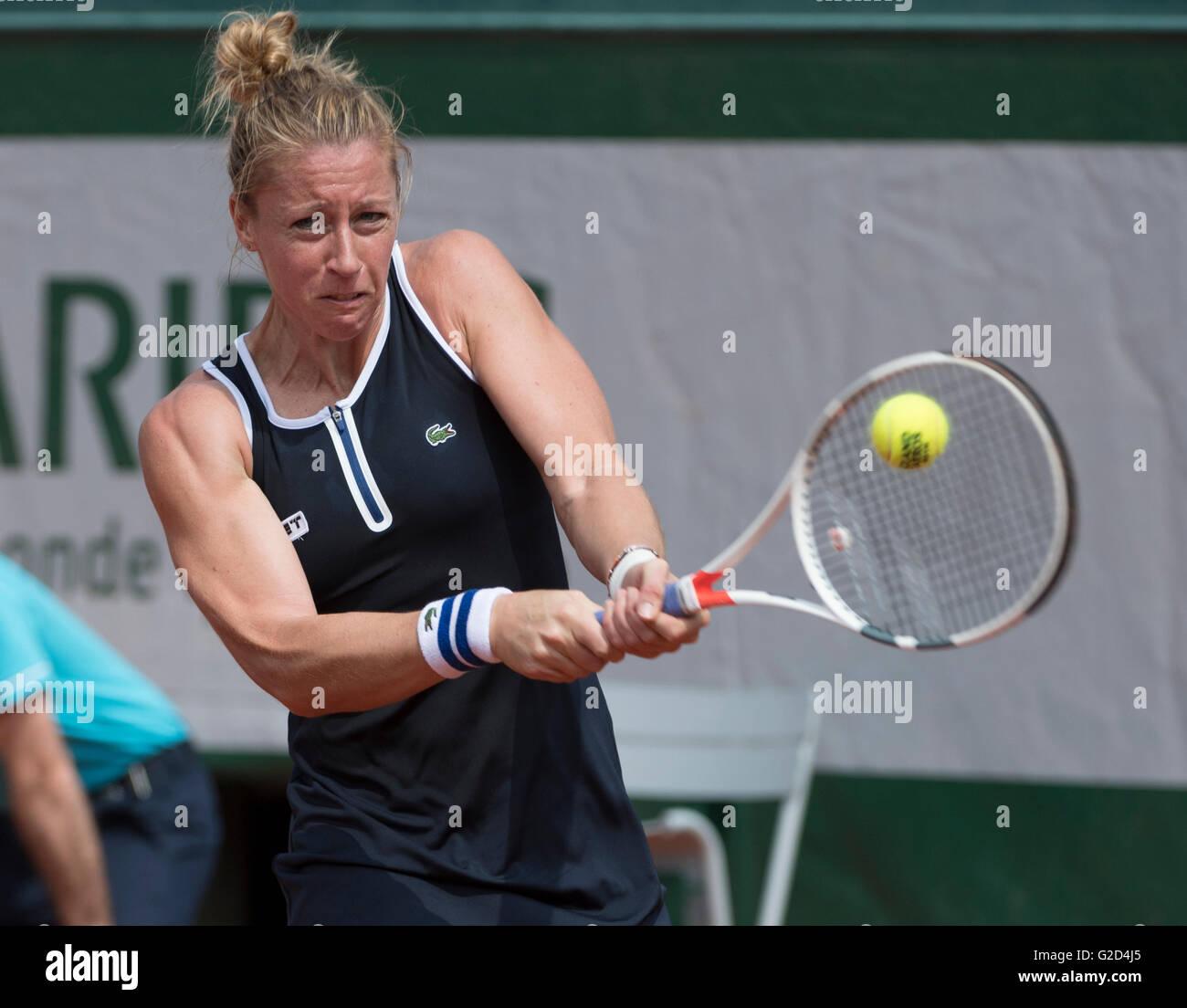 Pauline Parmentier FRA Perd Timea Bacsinszky SUI 6 4 2 Roland Garros Qui Se Joue Au Stade Paris France