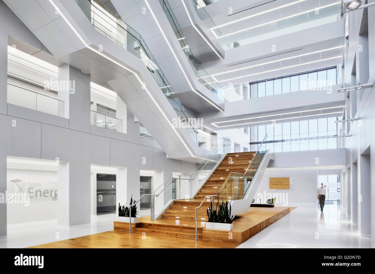 Bureau moderne et l atrium du hall banque d images photo stock