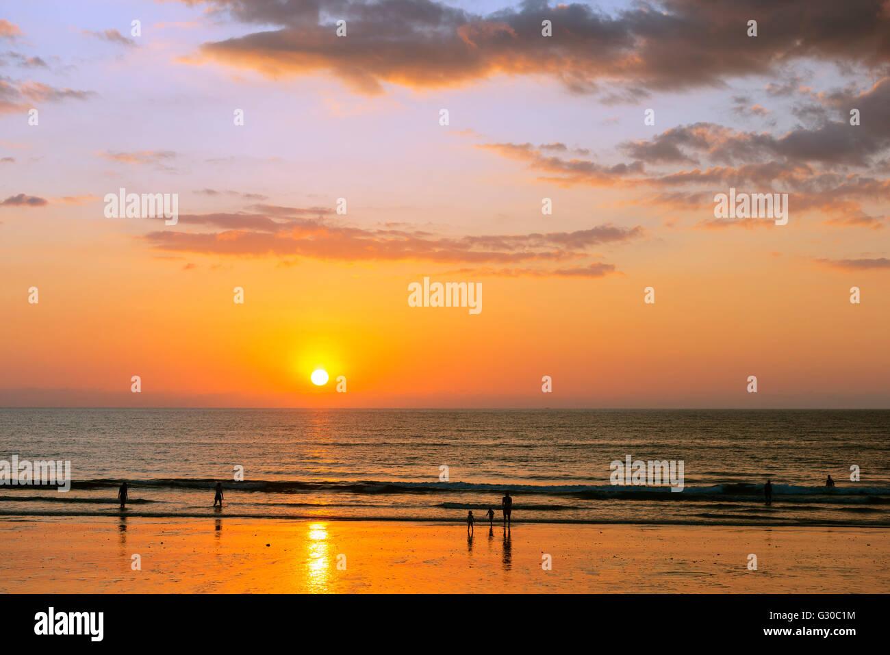 Souvenirs Plage, Coucher de soleil, Khao Lak, province de Phang Nga, Thaïlande, Asie du Sud, Asie Photo Stock