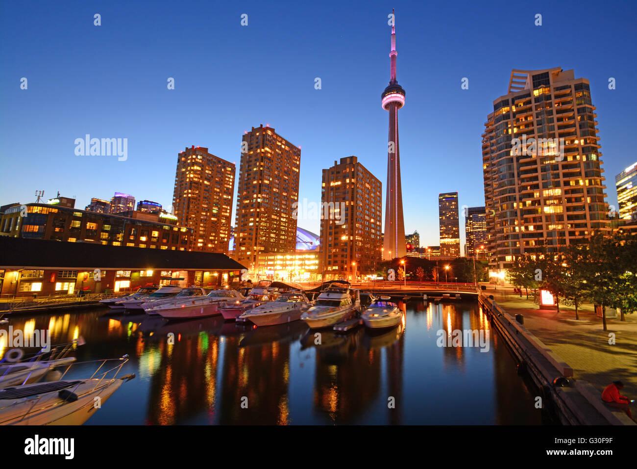 Toronto, Canada, Skyline Vue de nuit Banque D'Images