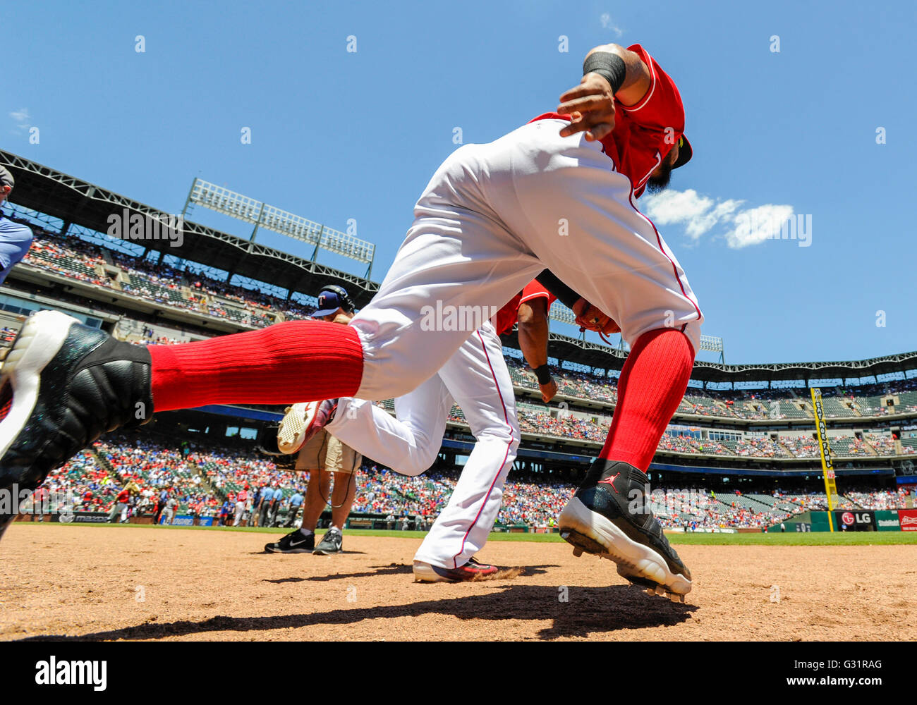5 juin 2016 : _______ au cours d'un match entre la MLB Mariners de Seattle et les Texas Rangers à Photo Stock