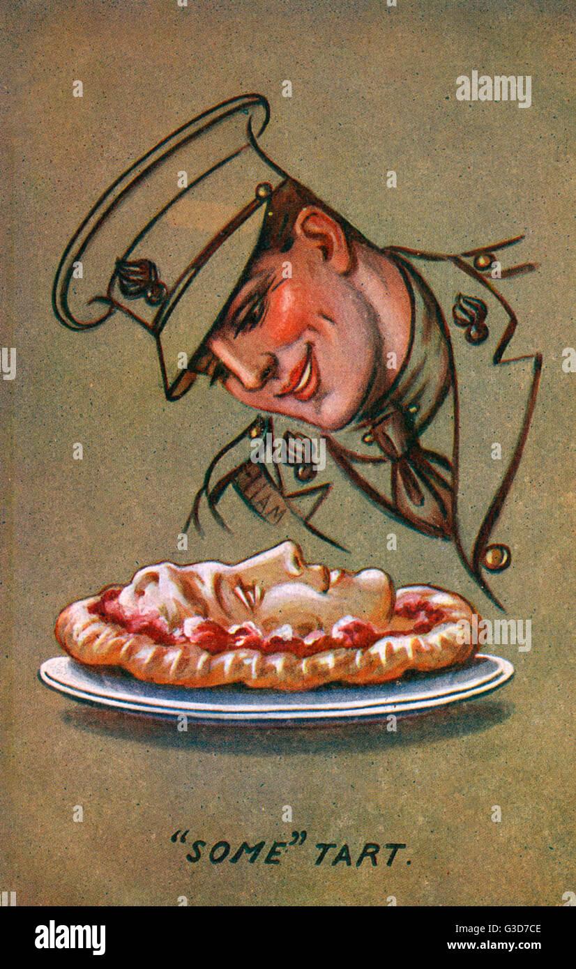 Un soldat regarde affectueusement tarte qui a, par magie, a pris le visage de sa fille préférée! Photo Stock