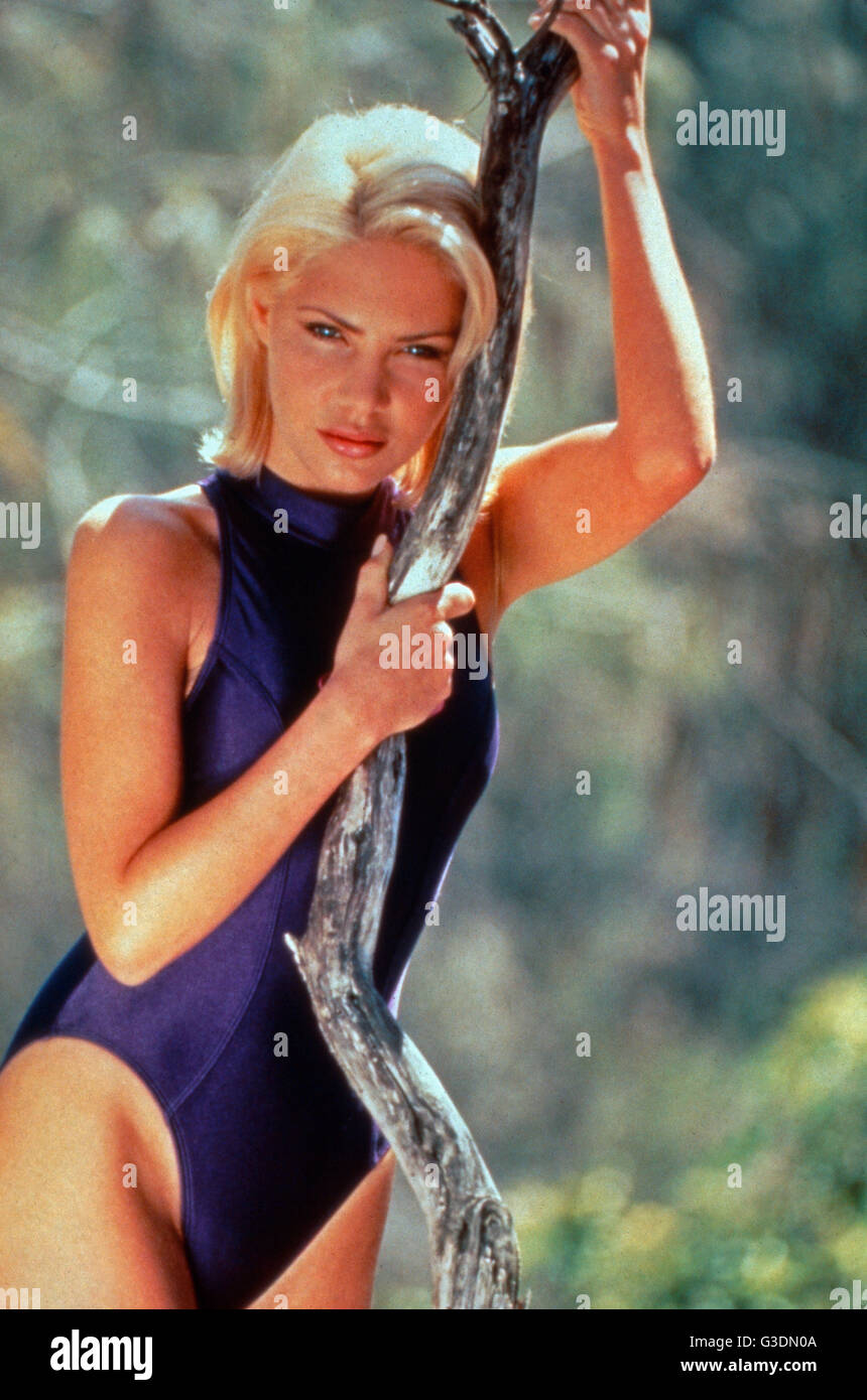 Susan Cummings (actress) XXX image Ashley Olsen born June 13, 1986 (age 32),Rosie McClelland