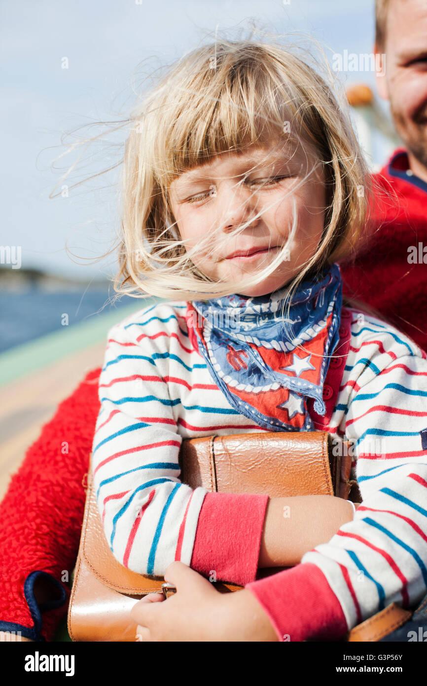 La Norvège, Little girl (4-5) avec le père Photo Stock