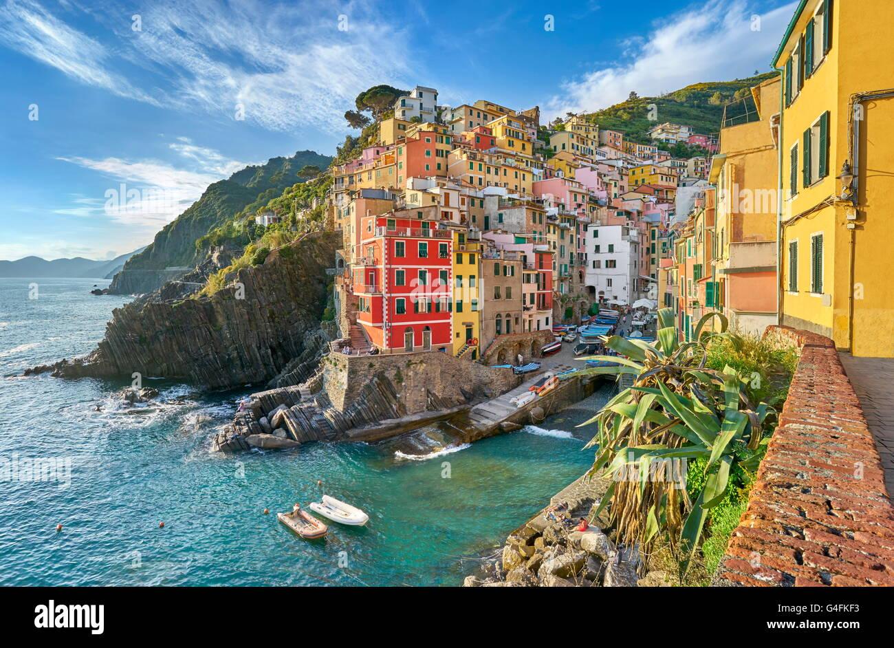 Riomaggiore, Cinque Terre National Park, Ligurie, Italie, l'UNESCO Photo Stock