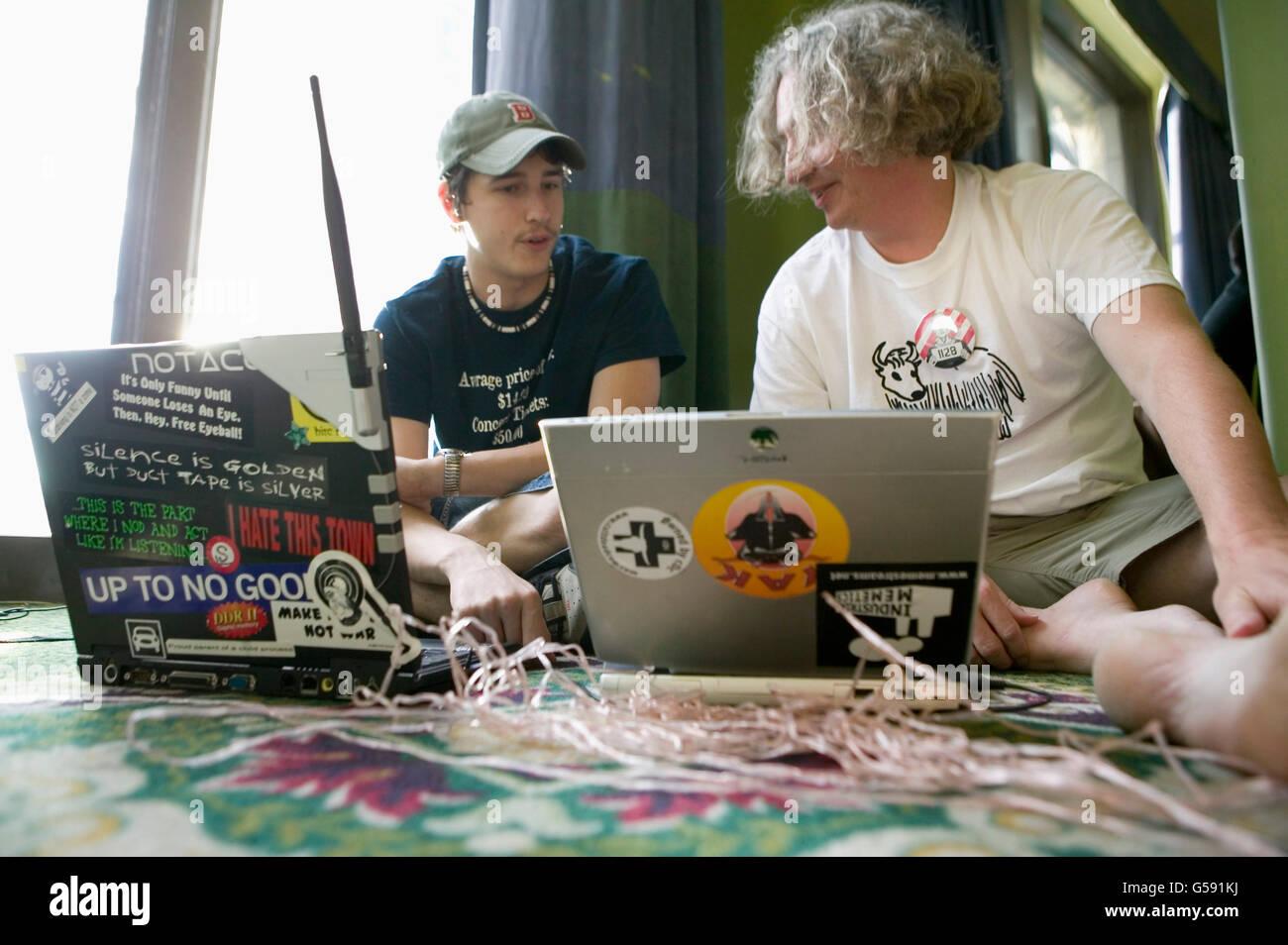 Les participants de la 6e édition de l espoir, une convention annuelle des  hackers 87762014f2a3